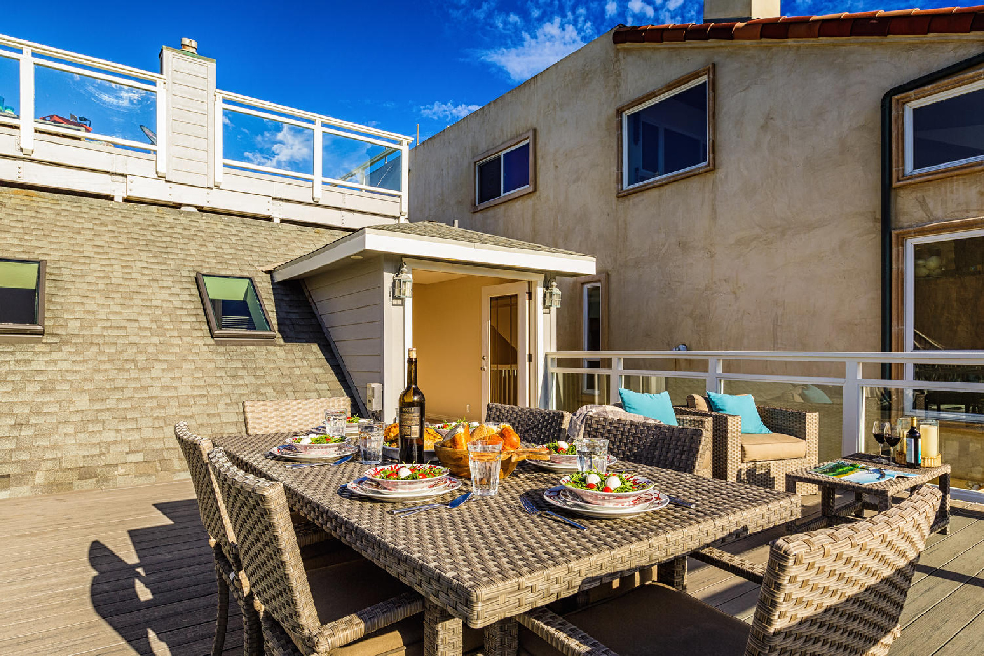 https://addressrealestate.com/media/images/blogs/38/2/b_18-1408-ocean-dr-oxnard-ca-93035-mls-size-012-7-balcony-1500x1000-72dpi.jpg