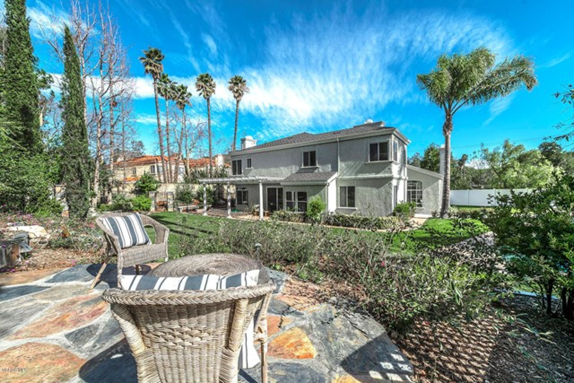 5537 Foothill Drive, Agoura Hills CA: