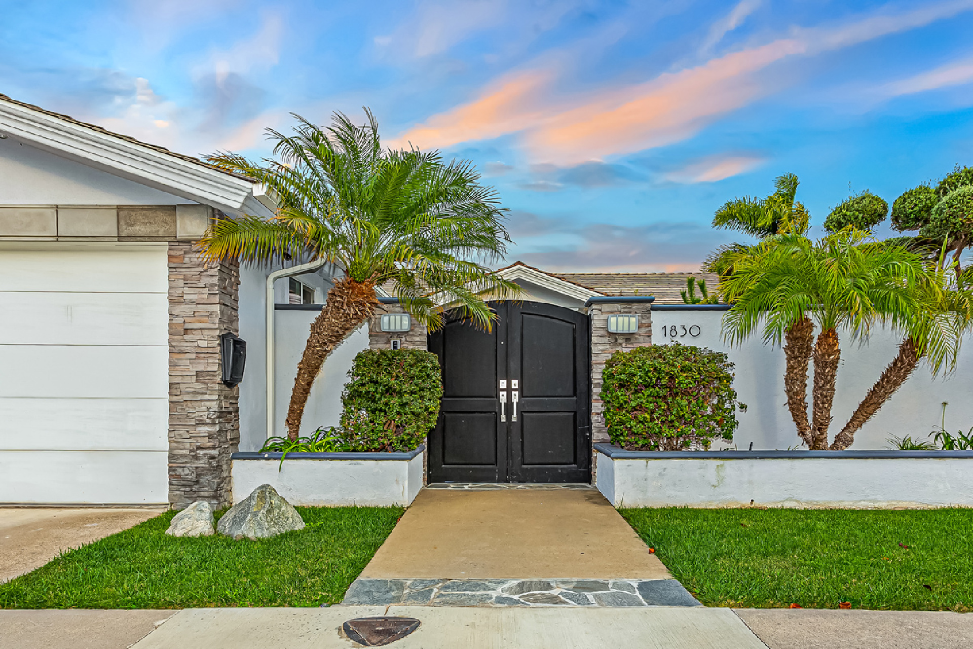 1830 Galaxy Drive, Newport Beach CA: