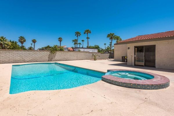 1390 Rosarito Way, Palm Springs CA: