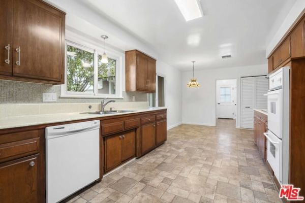 18401 GERMAIN Street, Porter Ranch CA: