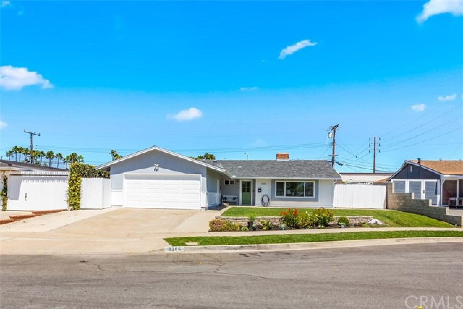 3206 Michigan Avenue, Costa Mesa CA: