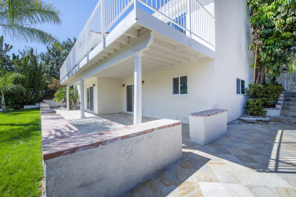 1708 Calle Artigas, Thousand Oaks CA:
