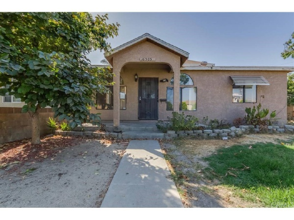 16505 Pimenta Avenue, Bellflower CA: