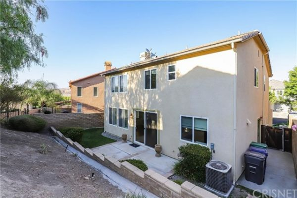 27155 Brown Oaks Way, Canyon Country CA: