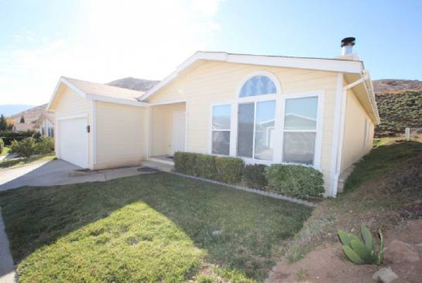 33105 Santiago Road, Acton CA: