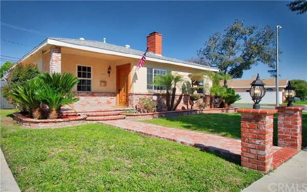 4495 Goldfield Avenue, Long Beach CA: