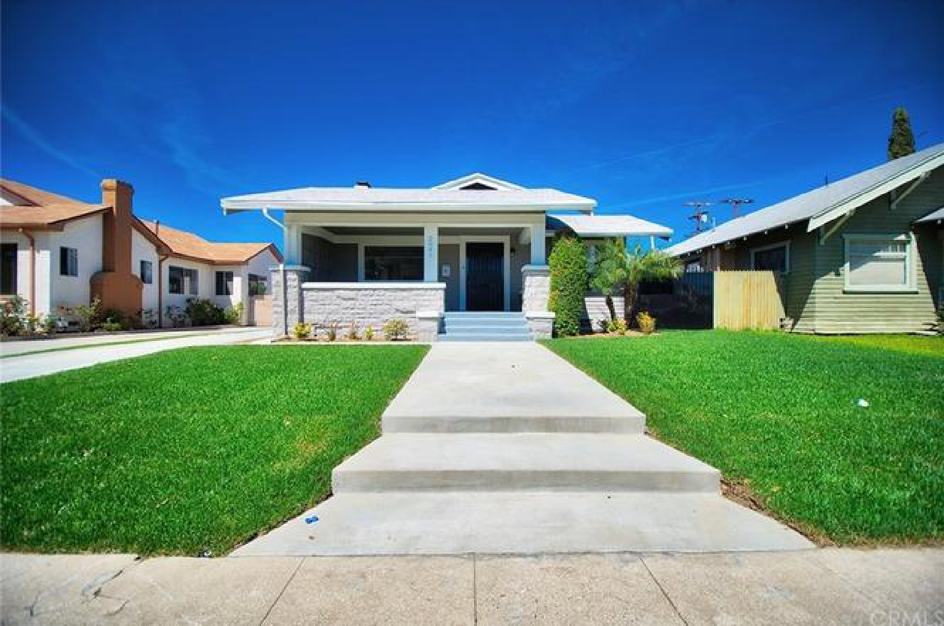 2045 W 35th Place, Los Angeles CA:
