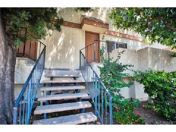 13080 Dronfield Avenue, Sylmar CA:
