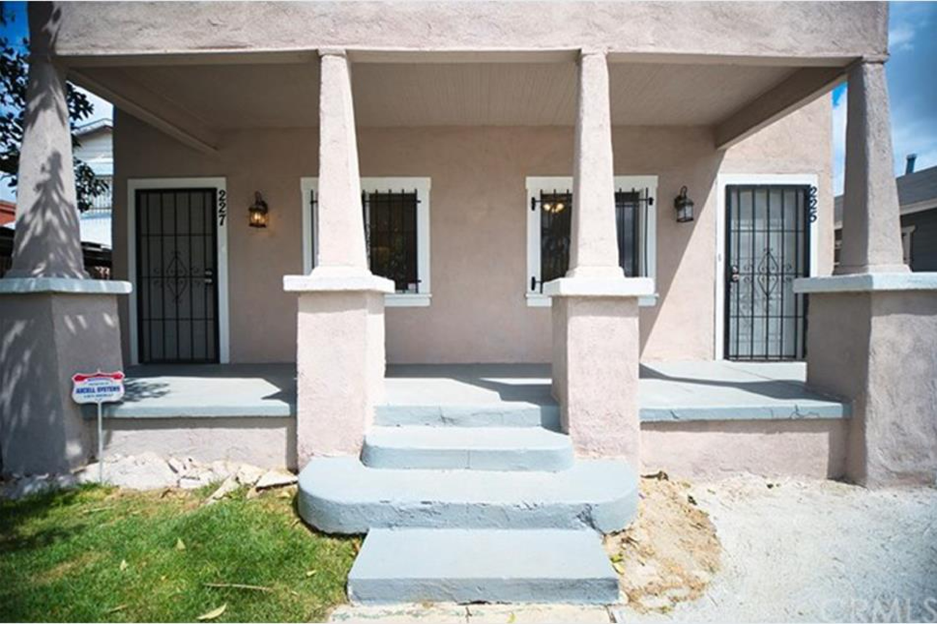 225 W 86th Place, Los Angeles CA: