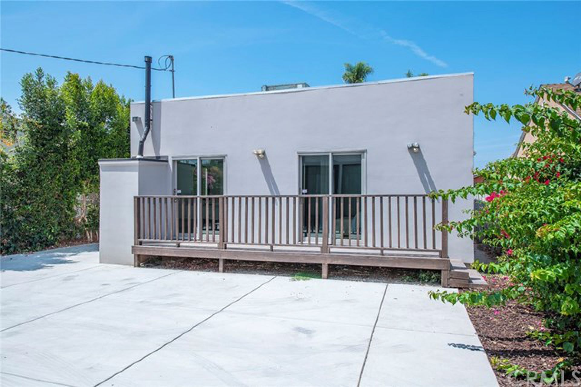 1520 Carmona Avenue, Los Angeles CA: