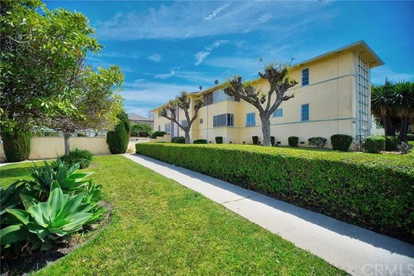 4046 Abourne Road, Los Angeles CA: