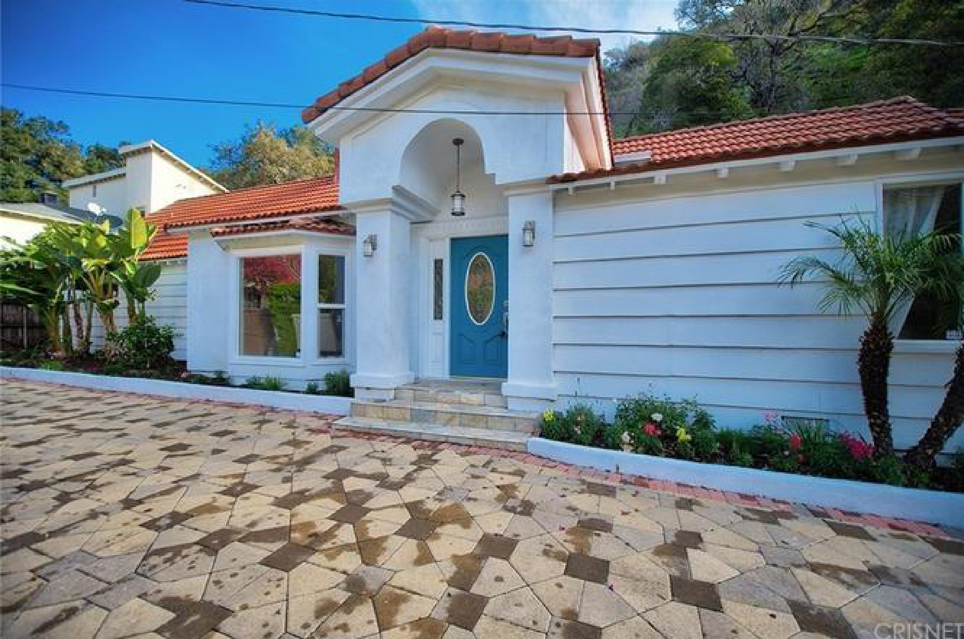 2038 Benedict Canyon Drive, Beverly Hills CA: