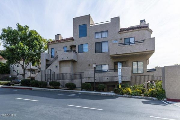 39 McAfee Court, Thousand Oaks CA: