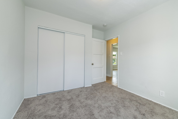 5201 Walnut Avenue, Long Beach CA: