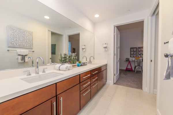 14412 Killion Street, Sherman Oaks CA: