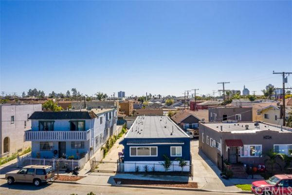 1130 E Hellman Street, Long Beach CA: