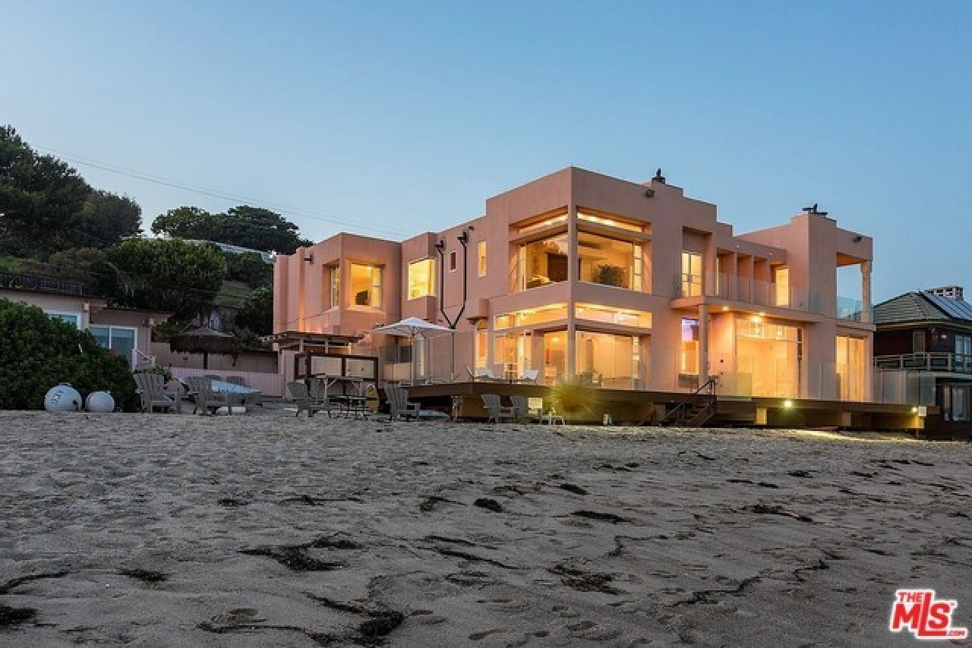 27234 PACIFIC COAST Highway, Malibu CA: