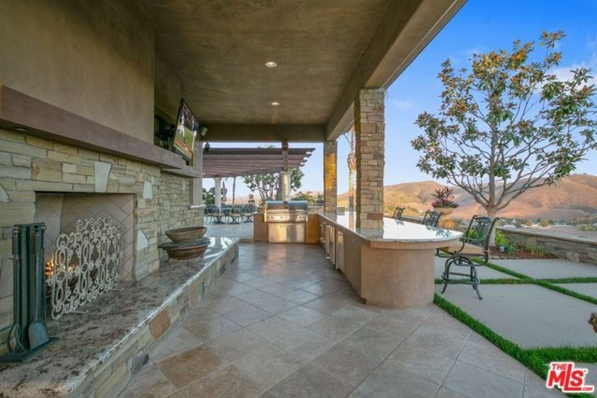 13792 PACIFIC BREEZE Drive,  CA: