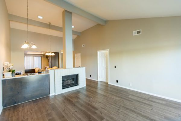 4504 Eastbourne Bay, Oxnard CA: